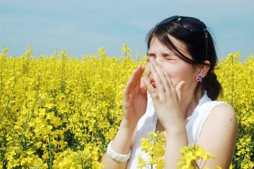 שינוי מזג האוויר – 10 דרכים לטיפול באלרגיות