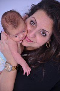 אסנת ואתורי יוזמת מחאת התינוקות