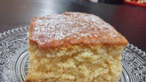 עוגת וניל כי לפעמים בא לגוון - בחושה, מהירה, קלה וטעימה