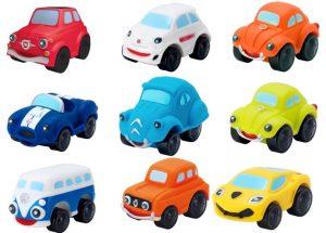 """מגוון מכוניות ומוסכי צעצוע מבית """"מוטור טאון"""" המוסך והרכב הראשונים שלי"""