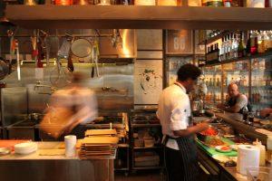 מסעדת עראיס ממתחם שרונה בתל אביב בספיישל חנוכה לאורך כל חודש דצמבר