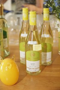 היינות הלבנים צוברים תאוצה - יקבי כרמל מציעים מגוון יינות לבנים לשבועות