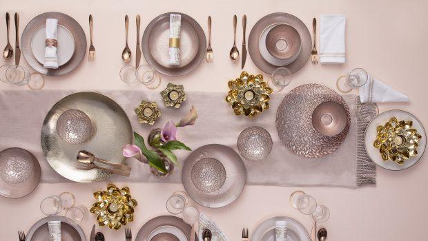 פוקס הום עורכת את שולחן חג הפסח בהשראת שעת הדמדומים הקסומה