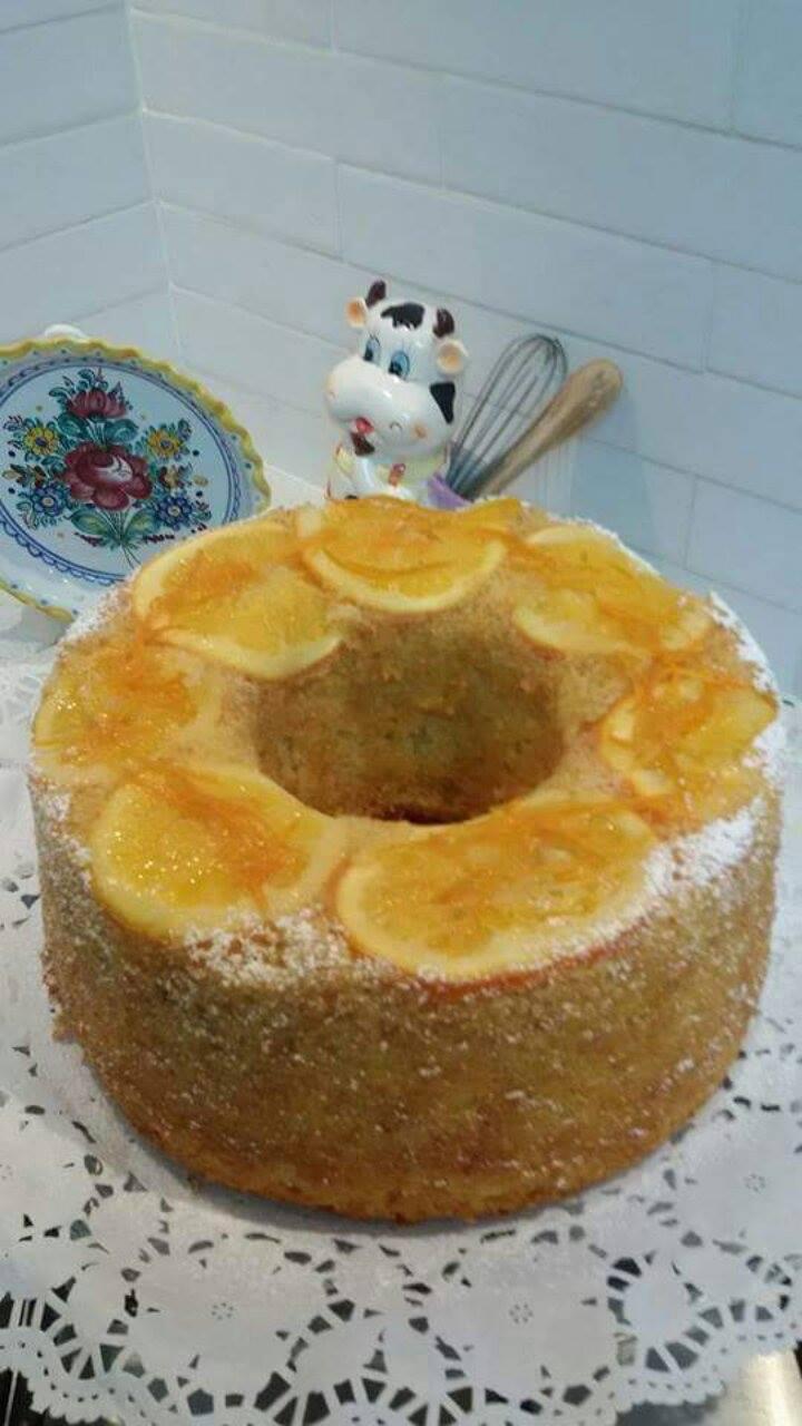 עוגת תפוזים מקורמלים עם ליקר תפוזים
